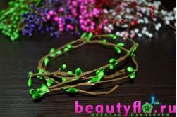 Декоративная проволока с зелеными почками